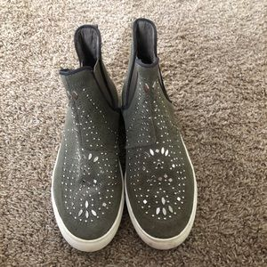LF high top sneakers